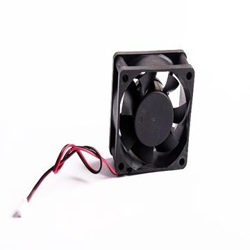 تصویر فن  6*6 بلبرینگی 12 ولت مدل SZR6025S